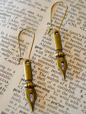 fountain-pen-earrings