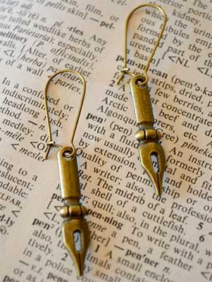 fountain-pen-earrings
