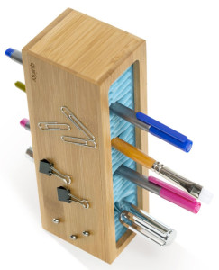 quirky-pen-zen-bamboo-holder