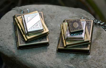 stack-of-books-locket