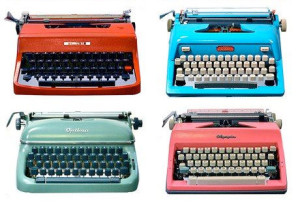 vintage-retro-typewriter