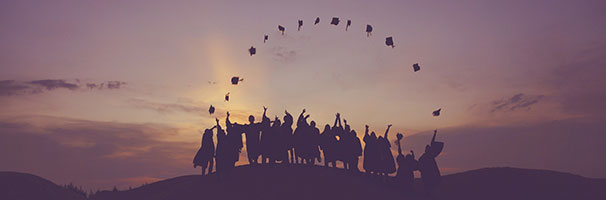 Essential Books to Help College Graduates Transition to Adulthood