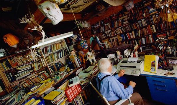 Ray Bradbury Writing Desk